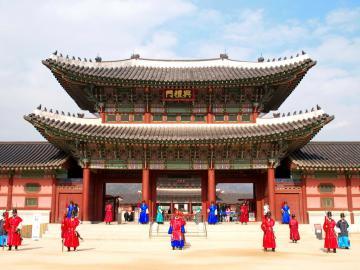 top 20 địa điểm tham quan nhất định phải check in tại seoul