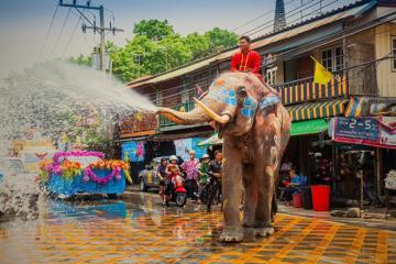 Lễ hội té nước songkran thái lan 2019