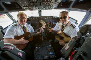 Những điều hành khách muốn phi công giải đáp