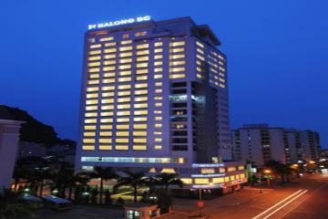 Khách sạn DC Halong.
