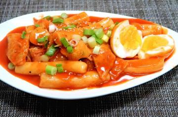 Đừng quên thưởng thức ẩm thực đường phố đặc sắc Hàn Quốc khi du lịch