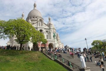 Ngày 4 (8/2):  PARIS – ĐỒI MONTMARTRE – NHÀ THỜ THÁNH TÂM